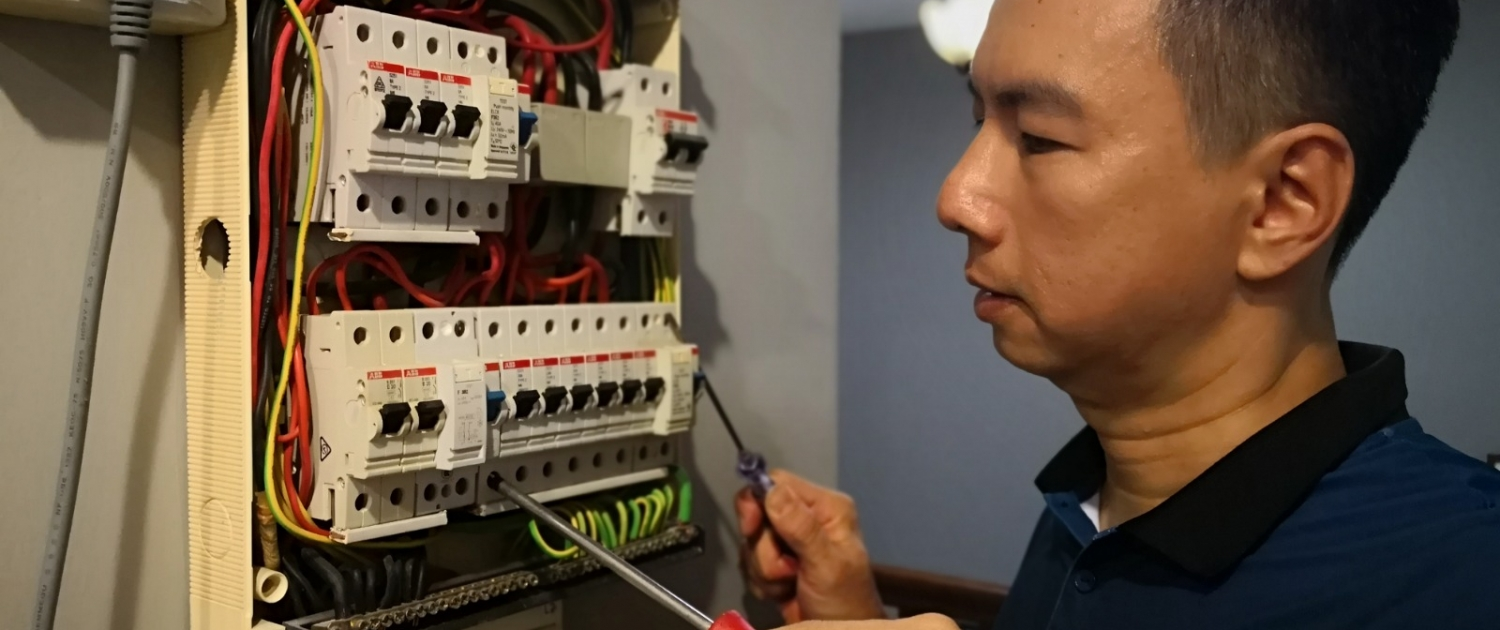 Electrician troubleshooting Main Circuit Breaker